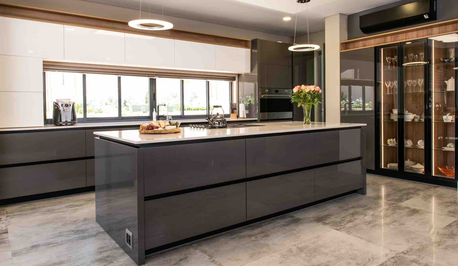 Island style – kitchen island trends | Synergy Cabinets